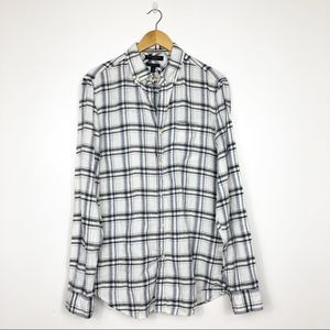 BANANA REPUBLIC | Black Plaid Linen Camden Shirt